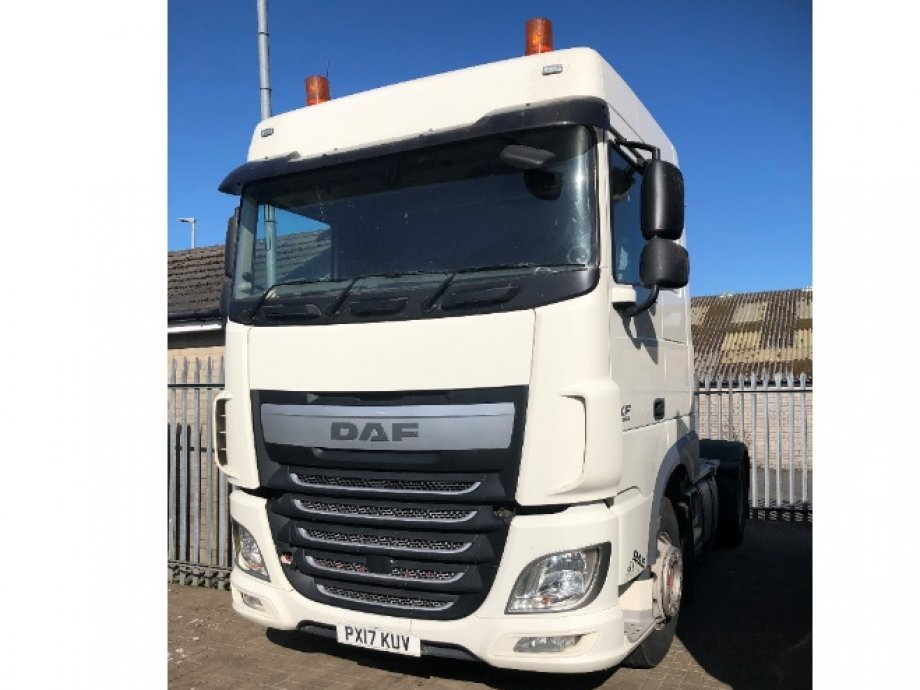 2017 �17� PLATE XF 460 FTP SPACE CAB, EURO 6, TIPPING HYDRAULICS. PX17 KUV