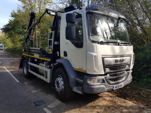FA LF-260 Construction fitted with a Hyva Skip Loader