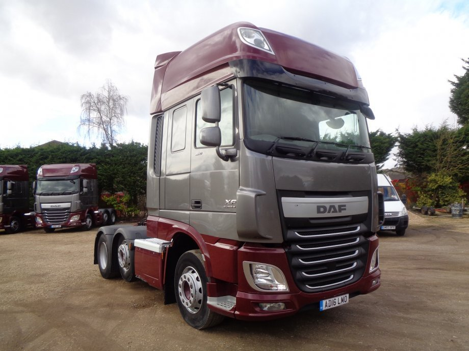 2016 (16) DAF FTGXF-460 Super Space Cab
